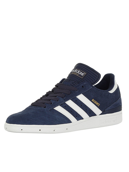 http://vagrantsneaker.files.wordpress.com/2010/06/adidas-busenitz-navy.jpg