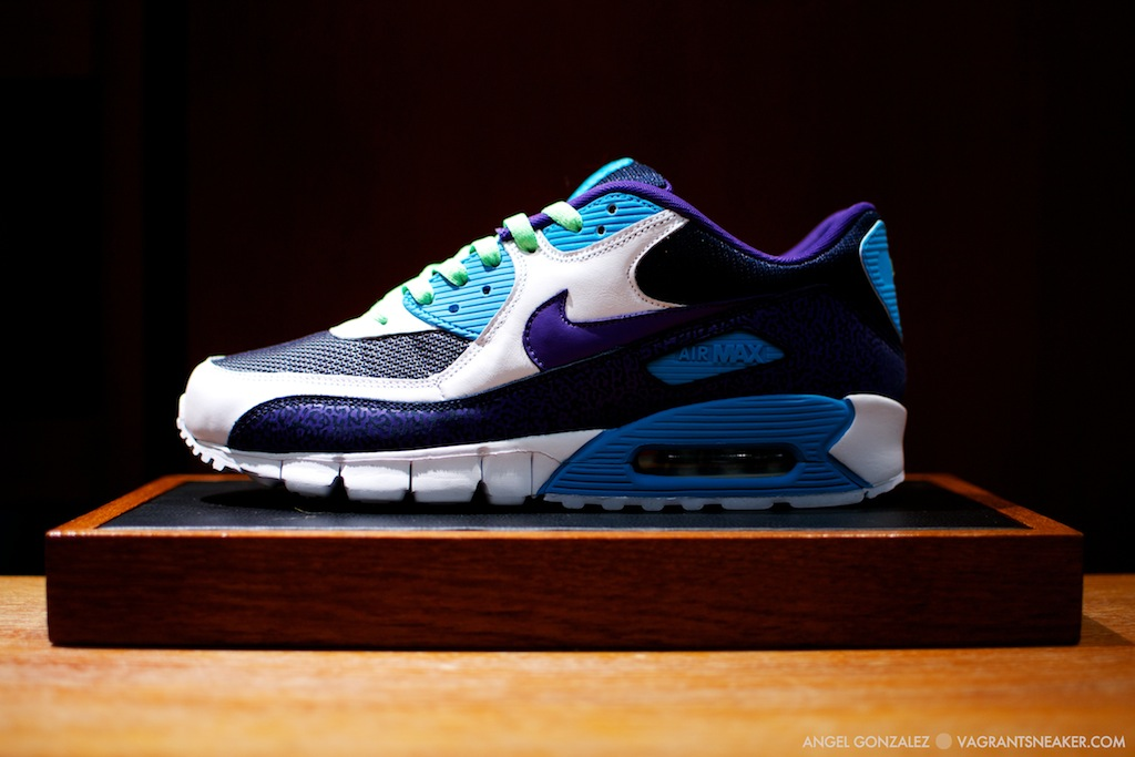 exclusive nike air max 90 id samples 2011 vagrant sneaker. Black Bedroom Furniture Sets. Home Design Ideas