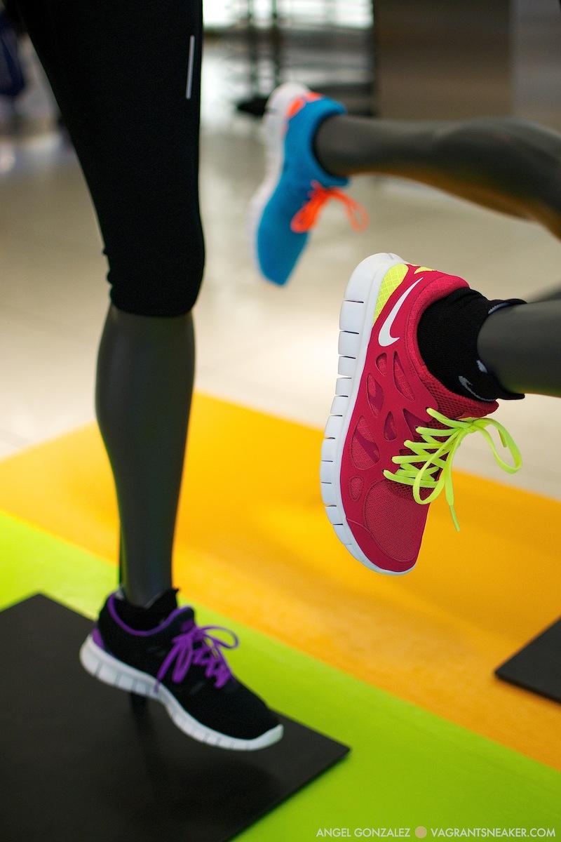 Exclusive: Nike Free Run 2 iD - Samples   Vagrant Sneaker