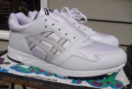 WTSC?: ASICS Gel Saga Vintage Sample