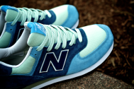 "Customizer: New Balance US574M1 Custom ""Quatro Azules"""