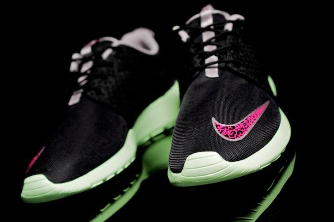 Nike Roshe Run FB 1