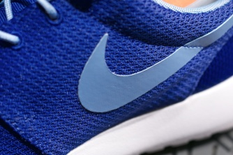 Nike Roshe Run Swatches hyper blue 3