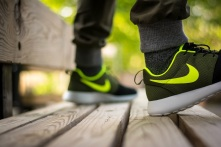 roshe run id urban volt 12