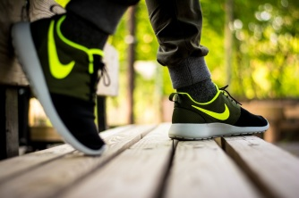 roshe run id urban volt 18