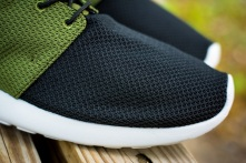 roshe run id urban volt 4